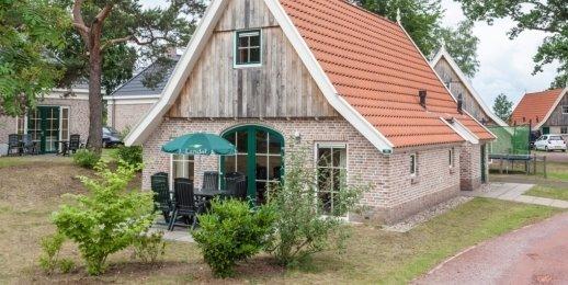 Landal Landgoed De Hellendoornse Berg | 4-persoonsbungalow - luxe | type 4EL | Haarle